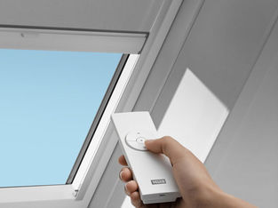 Система рулонных штор для мансардных окон